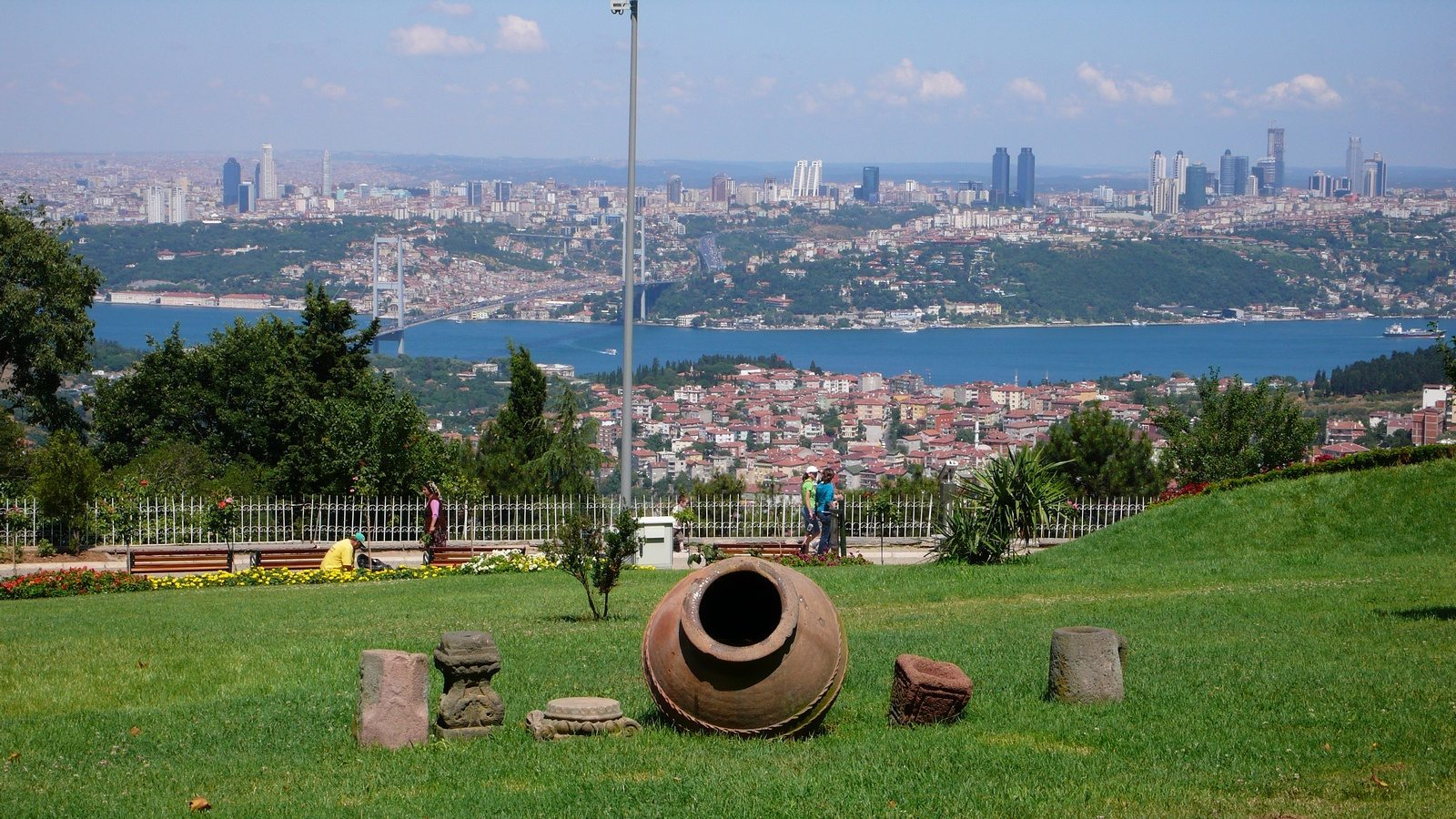 أنشطة في تل العرائس اسطنبول تركيا