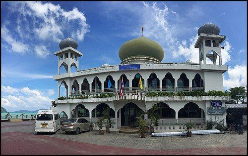 اشهر المساجد فى بوكيت
