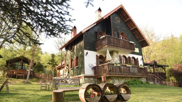 الفنادق المميزه في دوزجي