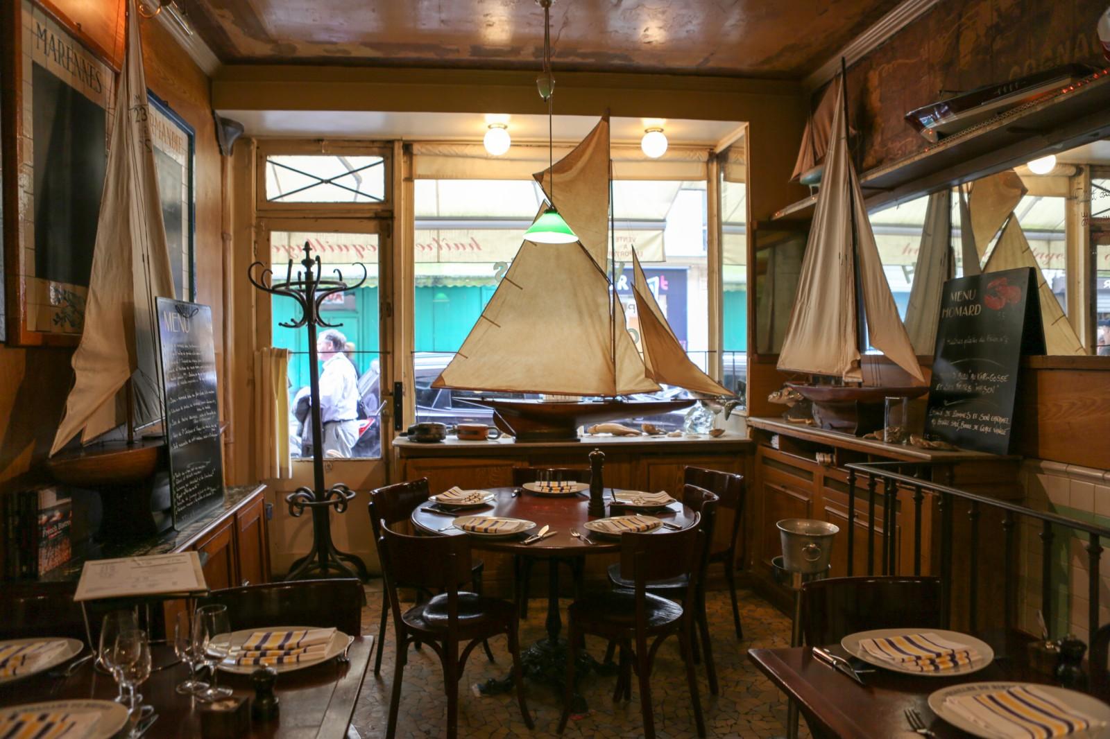 حرصنا على أن نقدم للسائح العربي في باريس أفضل المطاعم التي تقدم مأكولات بحرية شهية دون أن نغفل أن نضع أعيننا على لائحة الأثمان