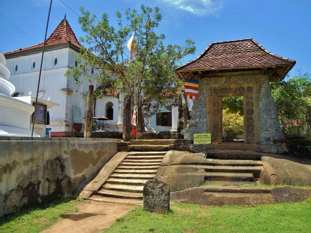 افضل الأماكن السياحية في بنتوته سريلانكا (3)