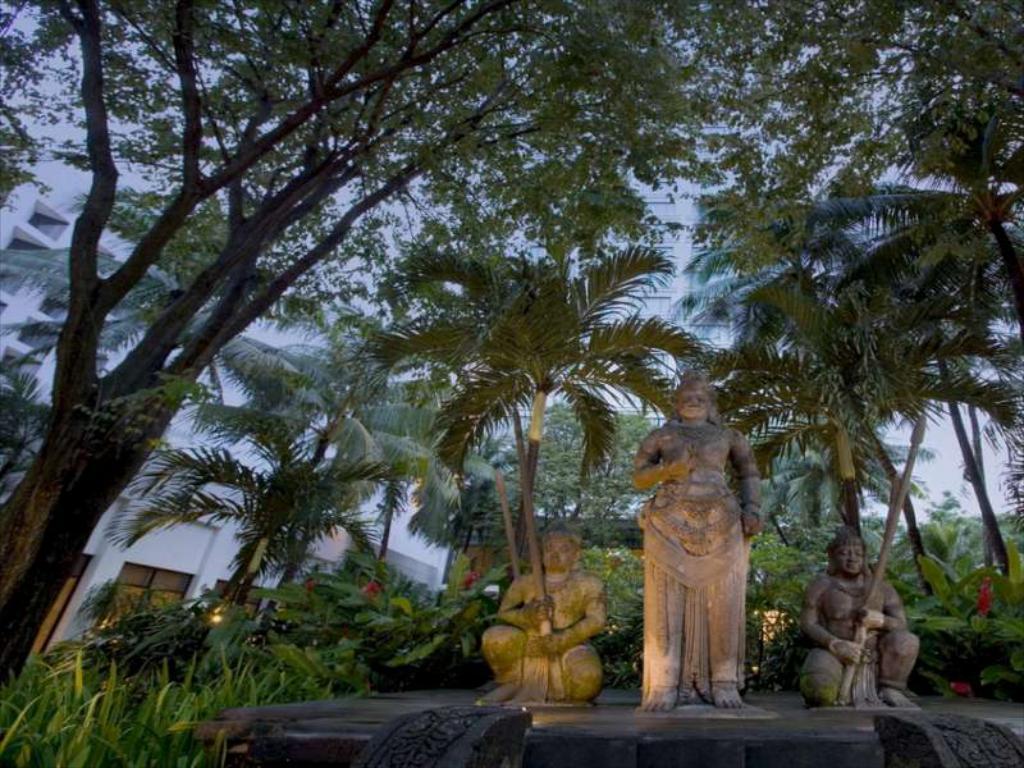 افضل الاماكن في سورابايا إندونيسيا