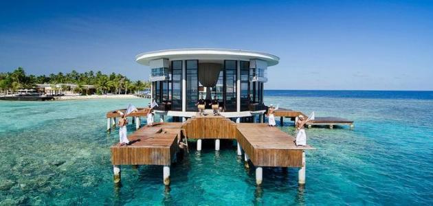 السياحة إلى جزر المالديف