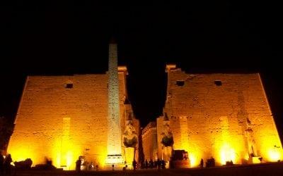 جولة لزيارة متحف الاقصر و عرض الصوت و الضوء