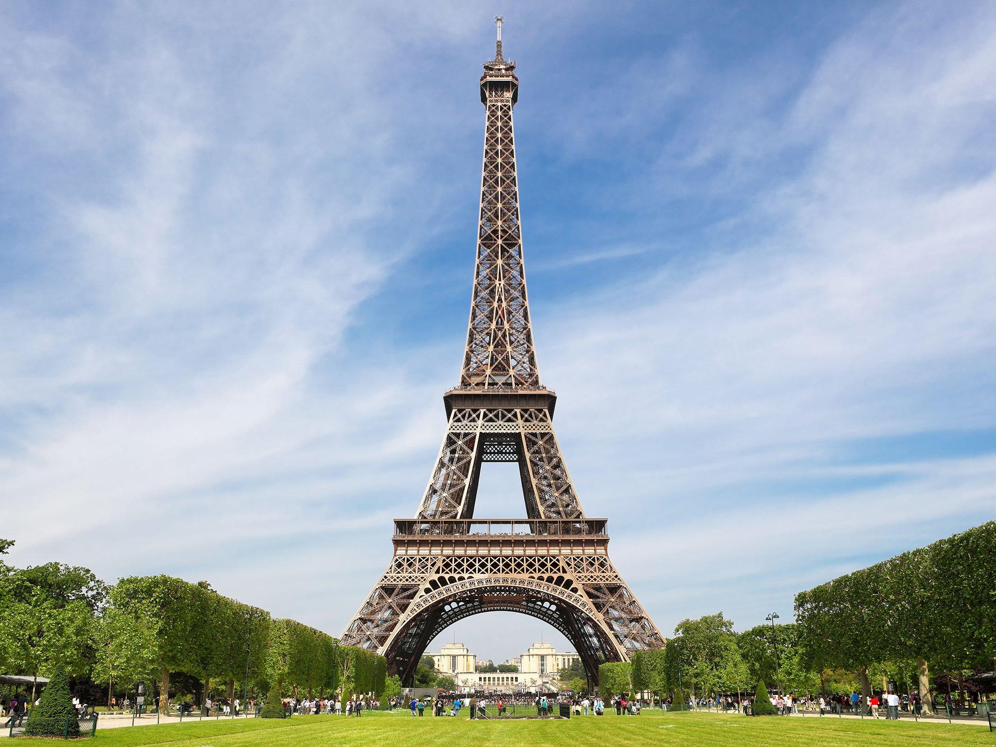 اهم المعالم السياحيه في باريس (1)