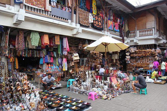 الاسواق والمحلات المتميزه للفنون في بالي