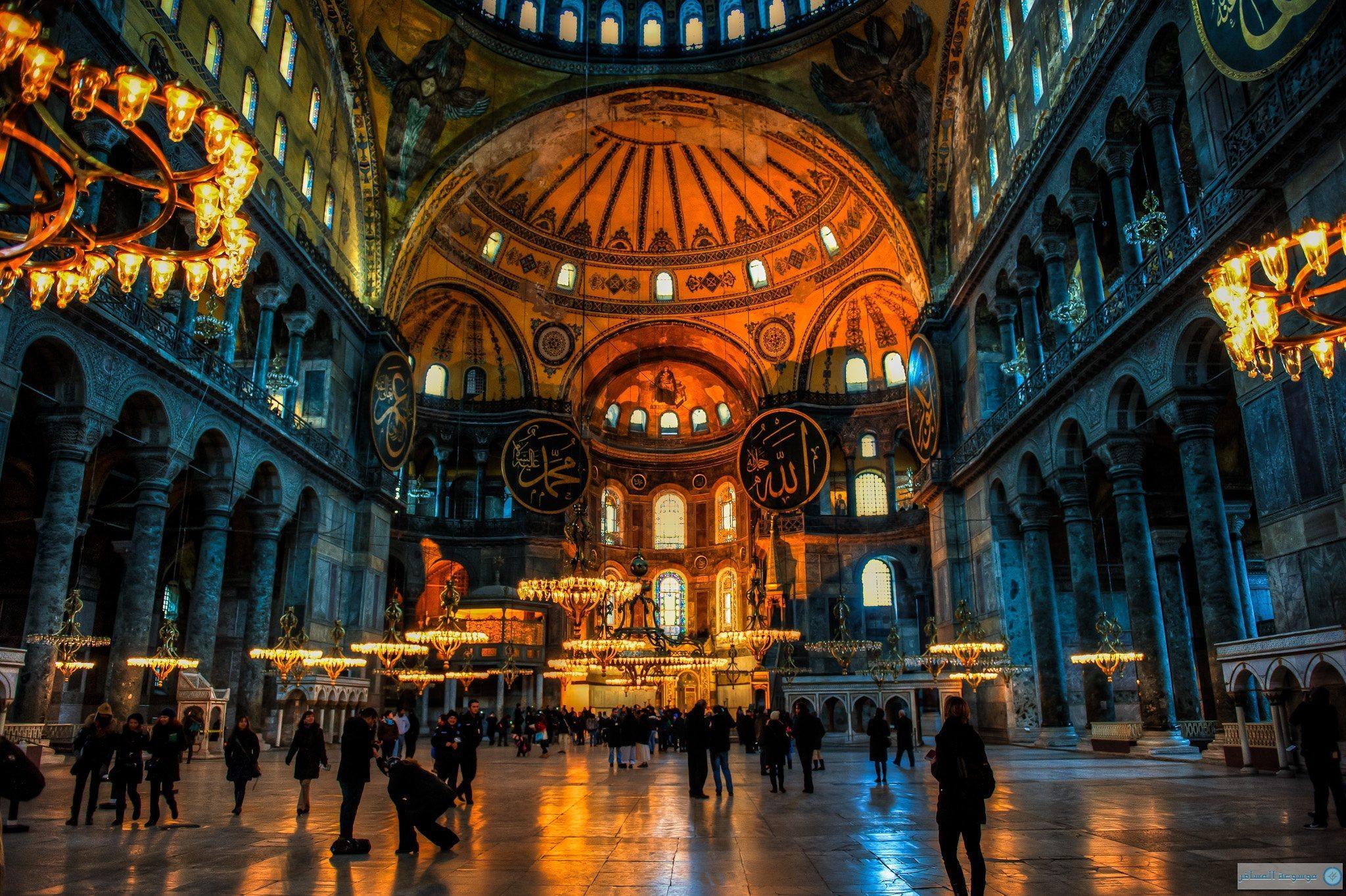 أنشطة في متحف آيا صوفيا اسطنبول تركيا