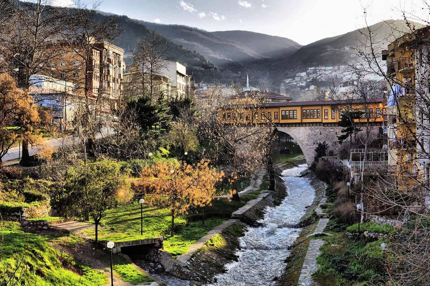 터키 증권 거래소에 매력적인 공원