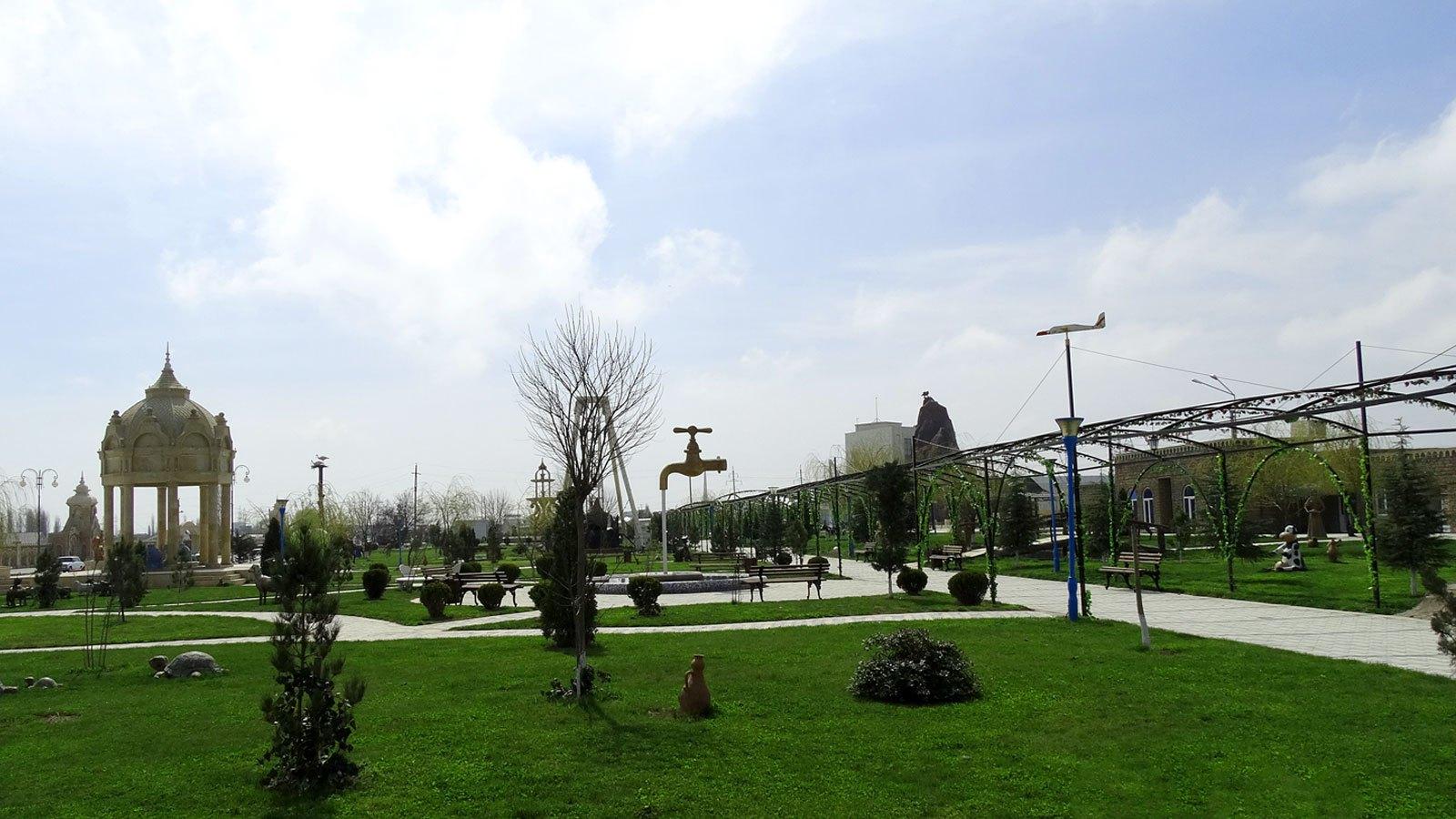 الحدائق المفضله في اذربيجان