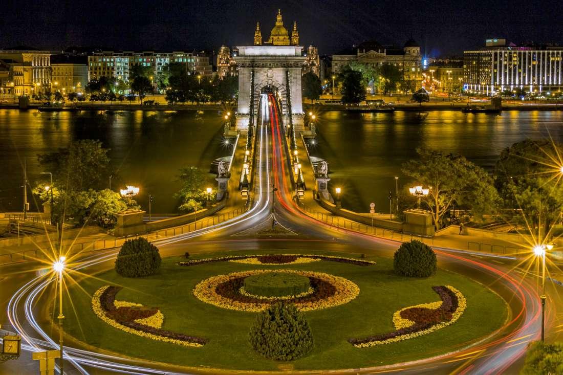 دليل السائح إلى بودابست