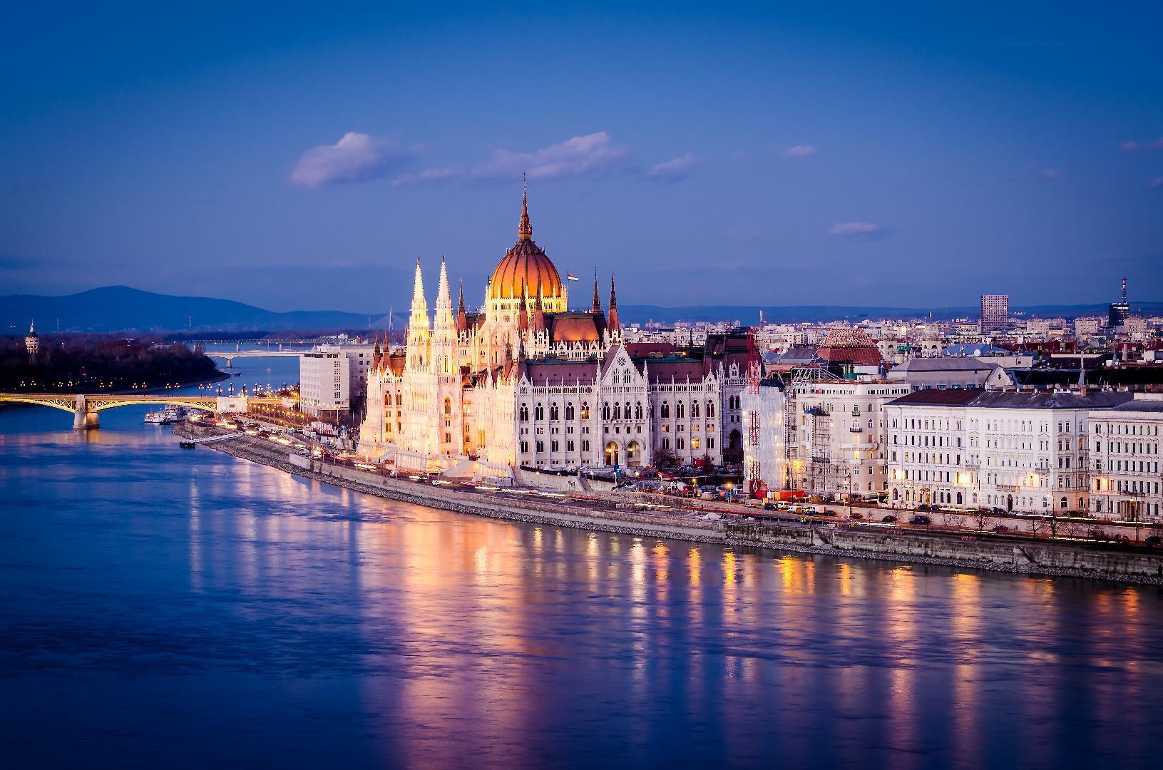 دليل السائح إلى بودابست (5)