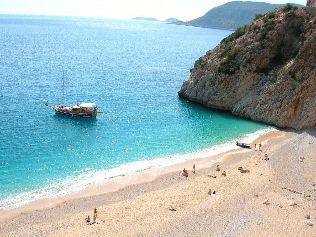 الشواطئ المتميزه ببودروم تركيا