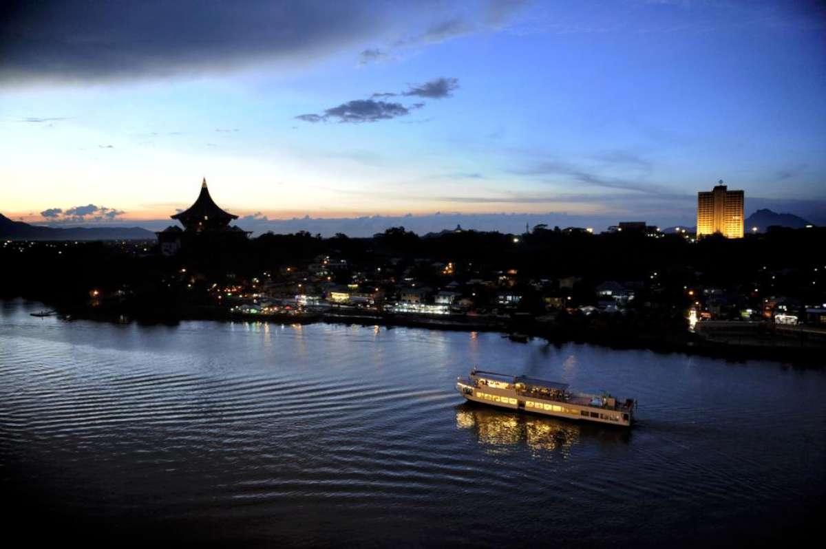 اهم الانشطه والاماكن السياحية فى كوتشينغ ماليزيا