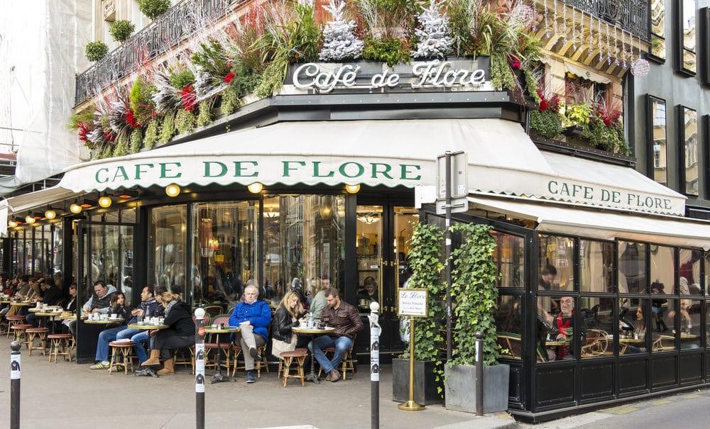 تخطيط رحلة في باريس