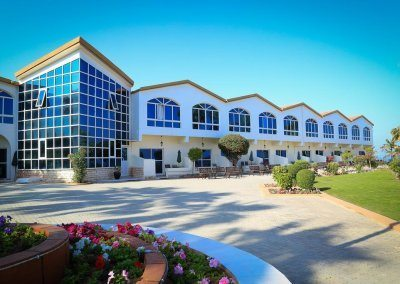 فندق ومنتجع ساندي بيتش Sandy Beach Hotel & Resort