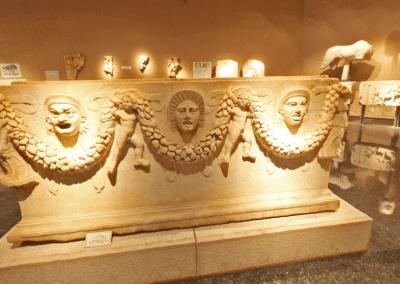 المتحف الاثرى فى انطاليا