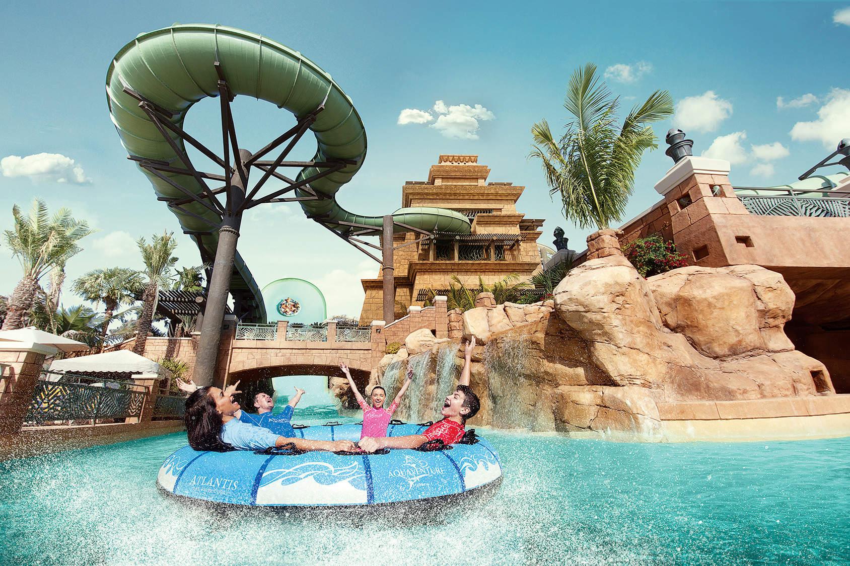 حديقة اكوافنتشر المائية فى مدينة دبى
