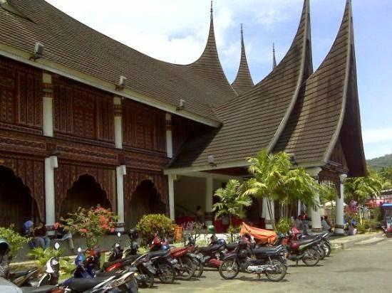 بادانج Padang