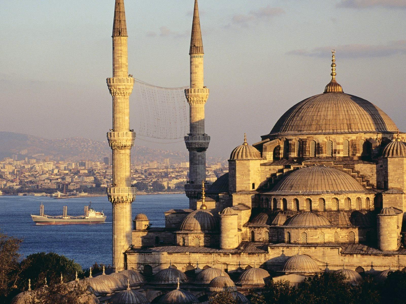 أجمل 10 من مساجد اسطنبول تركيا