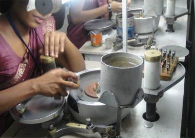 مصنع الاحجار الكريمة في مدينة كاندي