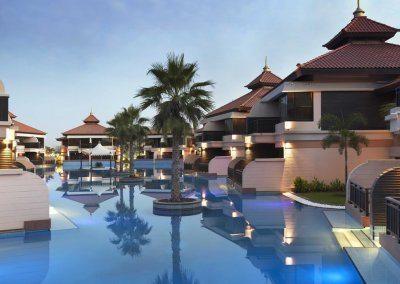 منتجع أنانتارا دبي ذا بالم Anantara The Palm Dubai Resort