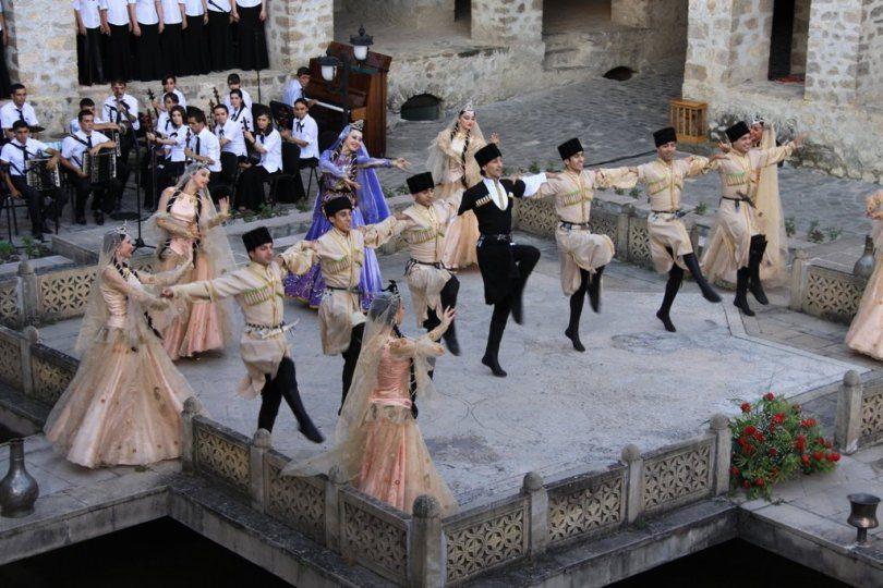السياحة فى شكى أذربيجان