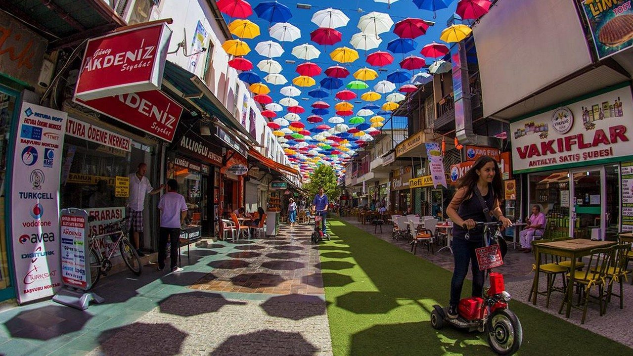 أشهر أسواق الجملة في أسطنبول تركيا