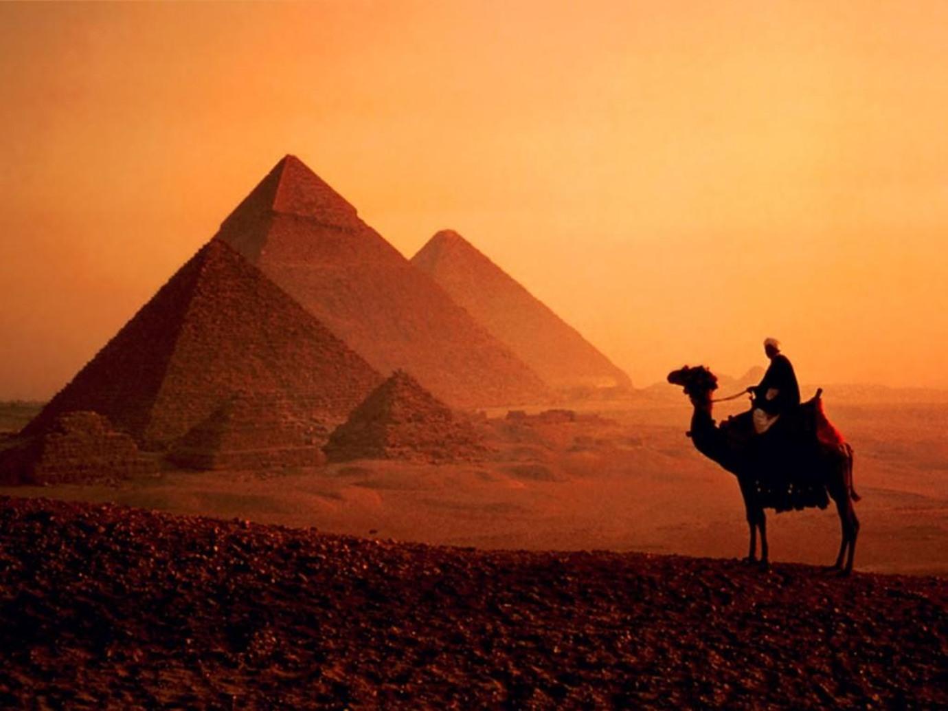 اهم المعلومات عن بناء الاهرامات