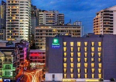 هوليداي إن سوخومفيت Holiday Inn Sukhumvit 11