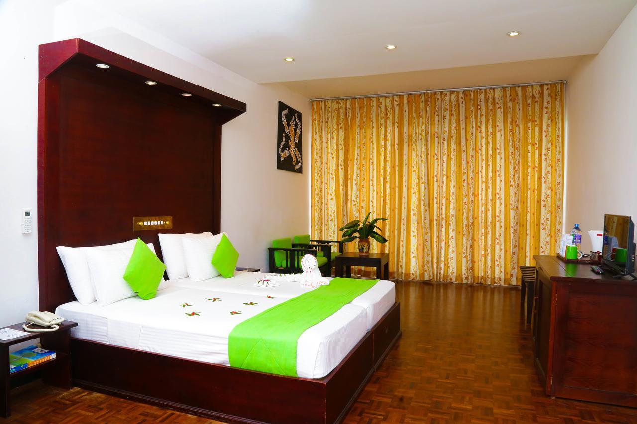 فندق غولدن ستار بيتش