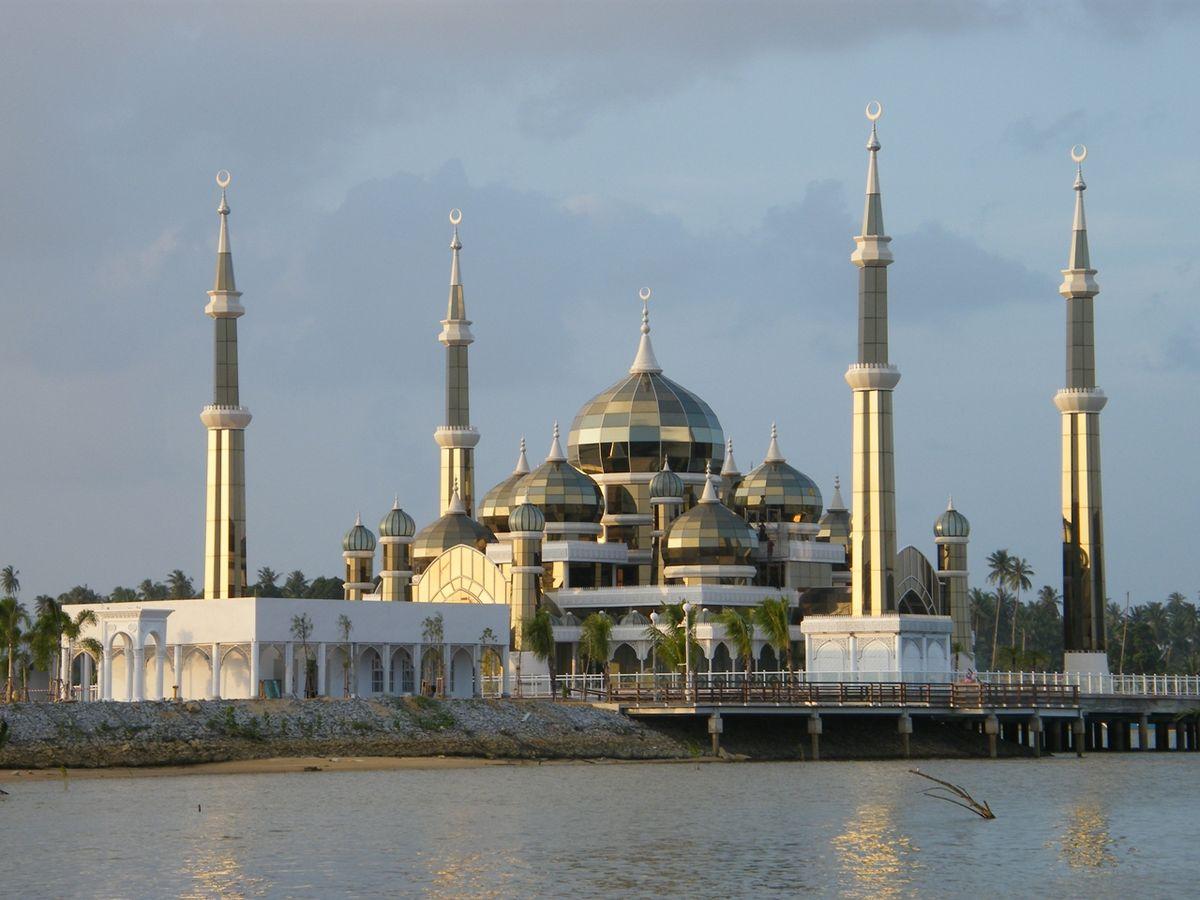 1200px-تعرف علي أفضل مساجد اندونسيا