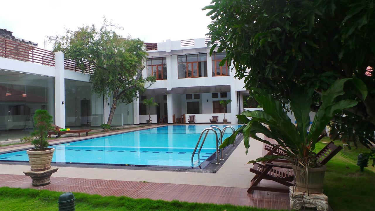 فندق ويندميل بيتش سريلانكا