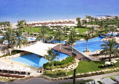 ﻣﻨﺘﺠﻊ وﻣﺎرﻳﻨﺎ ويستن دبي The Westin Dubai Resort Marina
