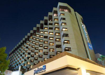 فندق راديسون بلو دبي