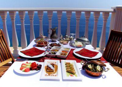 كراون بلازا أنطاليا Crowne Plaza Antalya