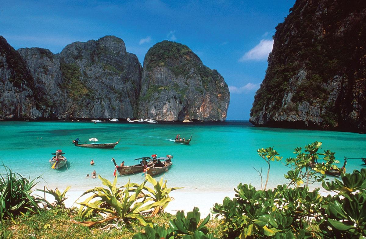 أروع الجزر في أندونيسيا جزر الملوك