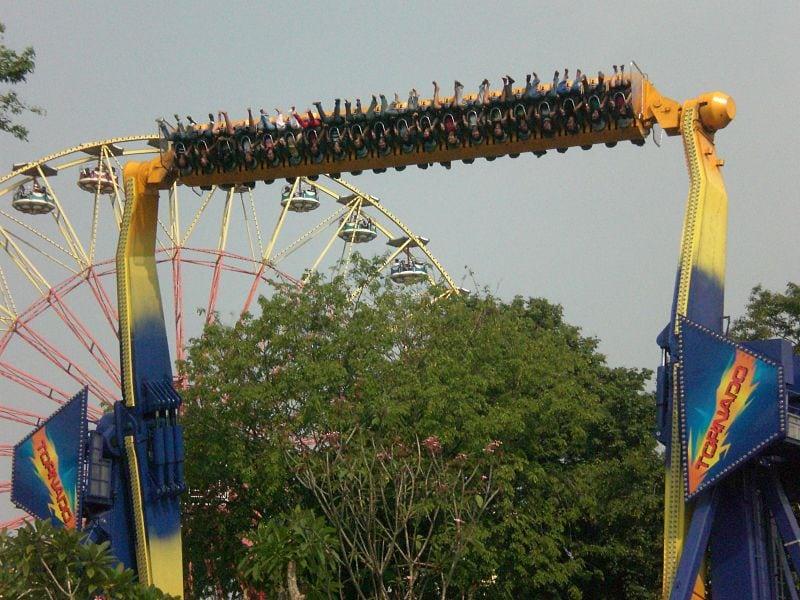 حديقة انكول دريم لاند اندونيسيا من اهم الوجهات السياحية فى مدينه جاكرتا وهى عباره عن حديقه ترفيهيه