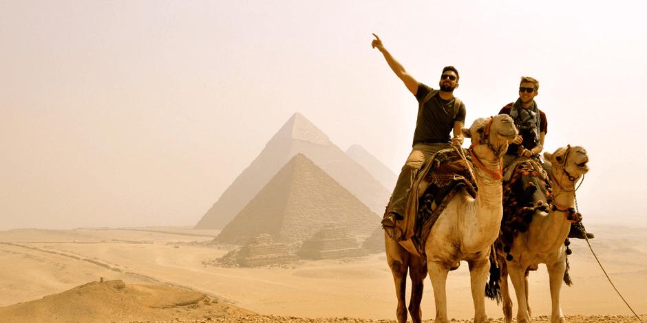 جولة فى الاهرامات و المتحف المصرى