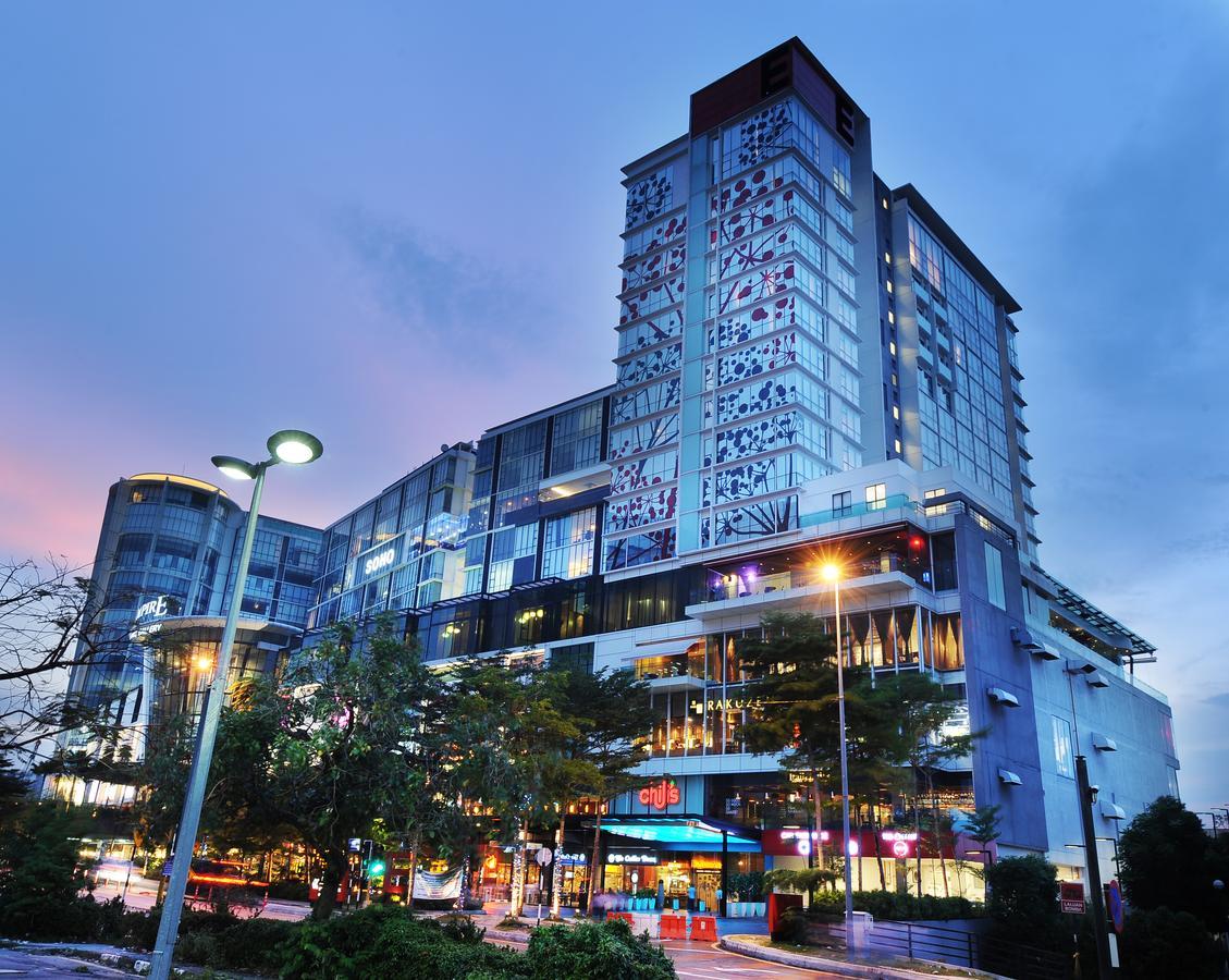 فندق إمباير صوبانج