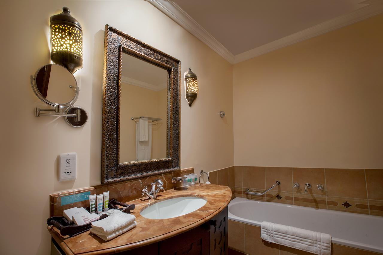 فندق ميركيور جراند السيف