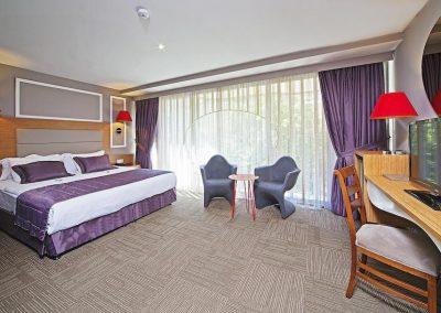 أول سيزونزاسطنبول All Seasons Istanbul ول سيزونز All Seasons Hotel