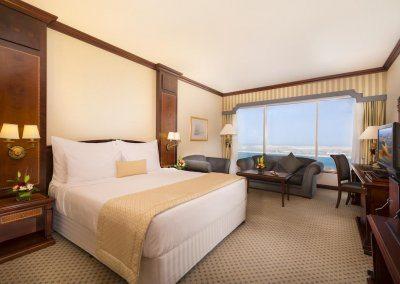 فندق كورنيش أبو ظبي Corniche Hotel Abu Dhabi
