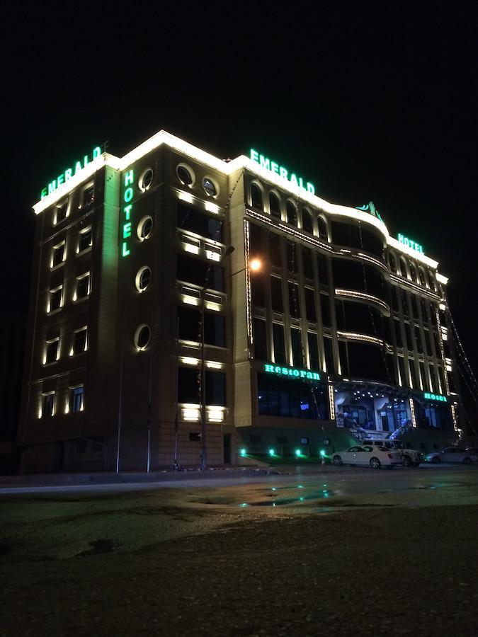فندق إميرالد باكو