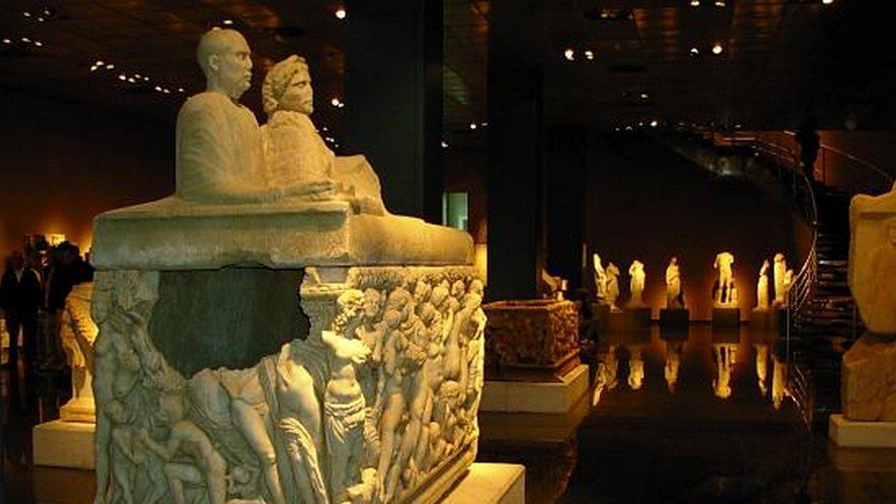 أنشطة في متحف انطاليا تركيا