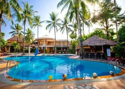 كوكونت فيلاج Coconut Village