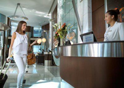 السفر الي دبي لذوي الميزانيات المحدودة