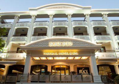 فندق بلاك بيرد ترمال