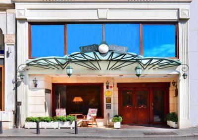 فندق روز باي مولتون