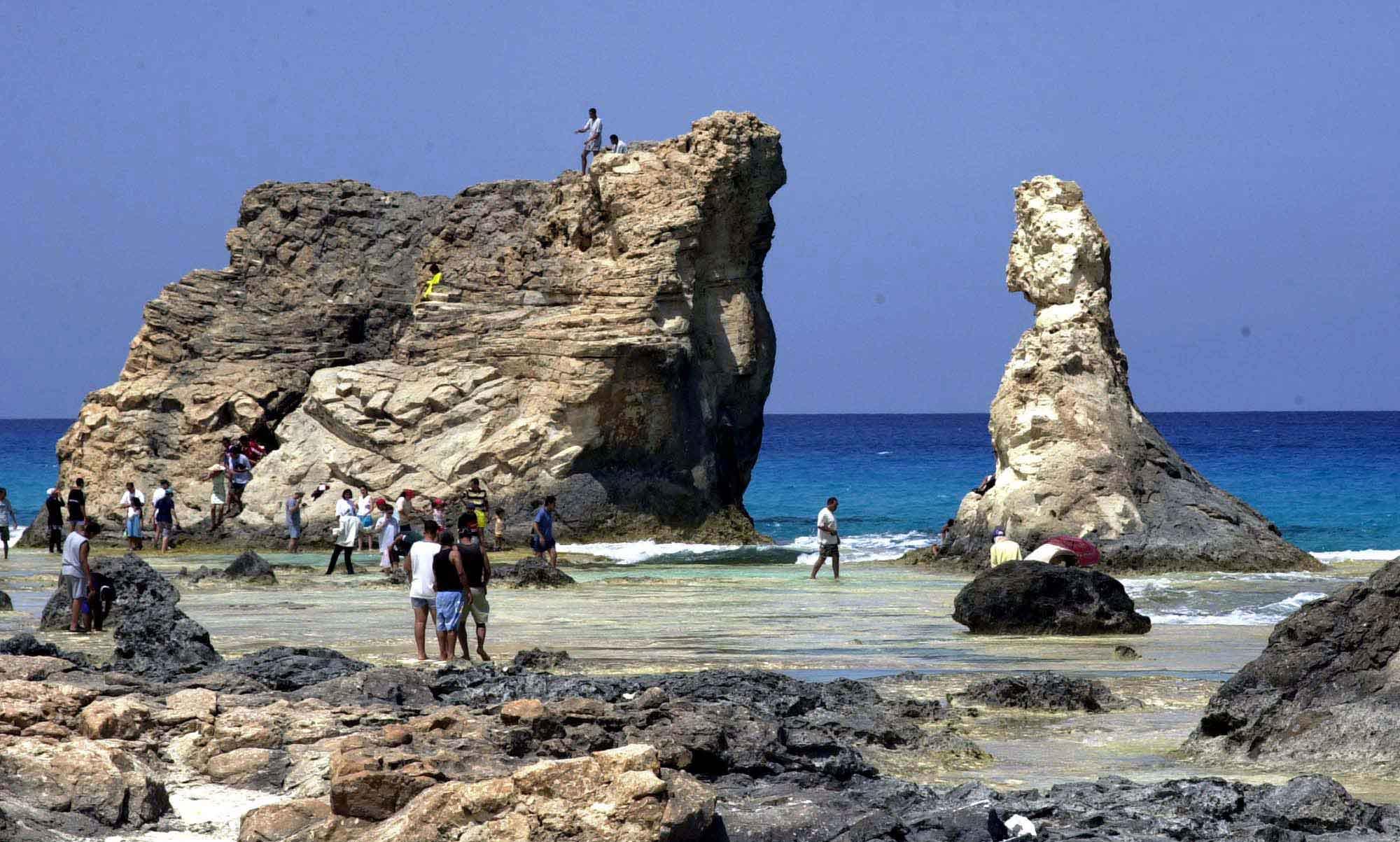 شاطئ كليوباترا مرسى مطروح