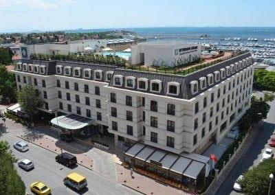 فندق ويندام كالاميس مارينا